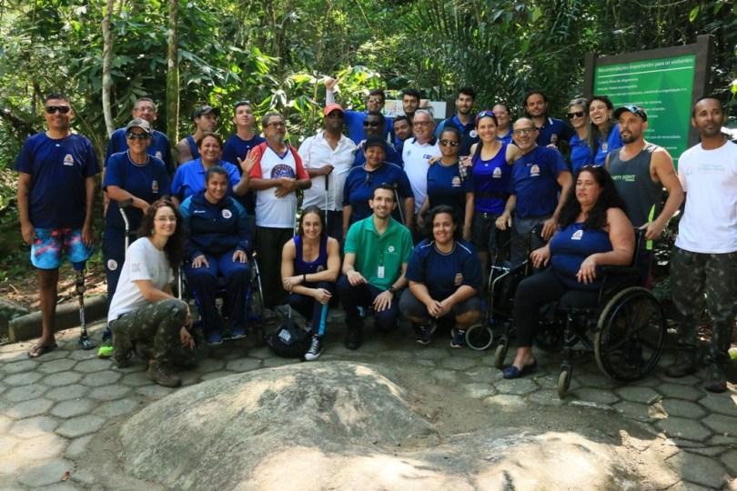 trilha para pessoas com deficiência e idosos, em caraguatatuba