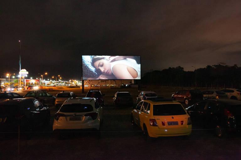 cine drive-in vira tendência em tempos de pandemia na praia grande