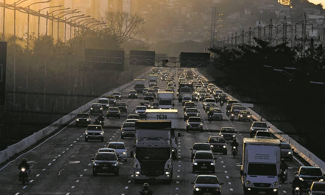 pandemia gera ao setor de transportes pior ano da história