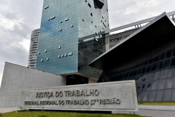 salários-atrasados-a-rodoviários-do-es-justiça-determina-pagamento