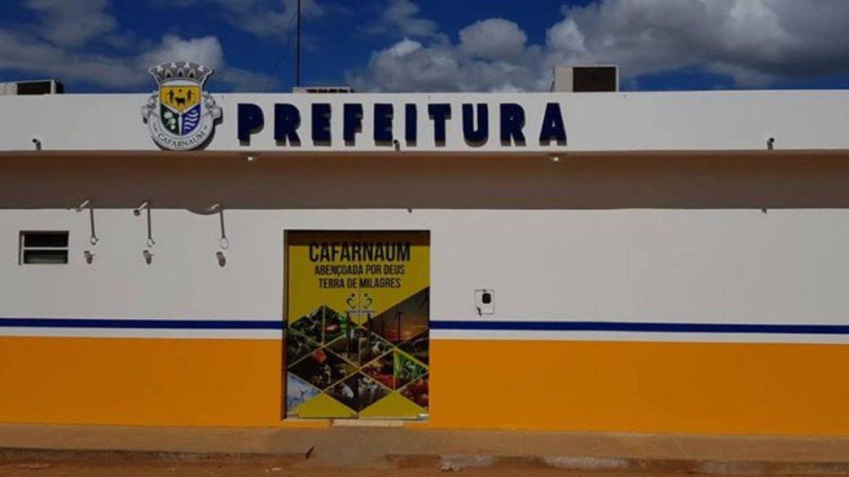 prefeitura-de-cafarnaum-ba-retifica-edital-de-concurso-e-estende-inscrição